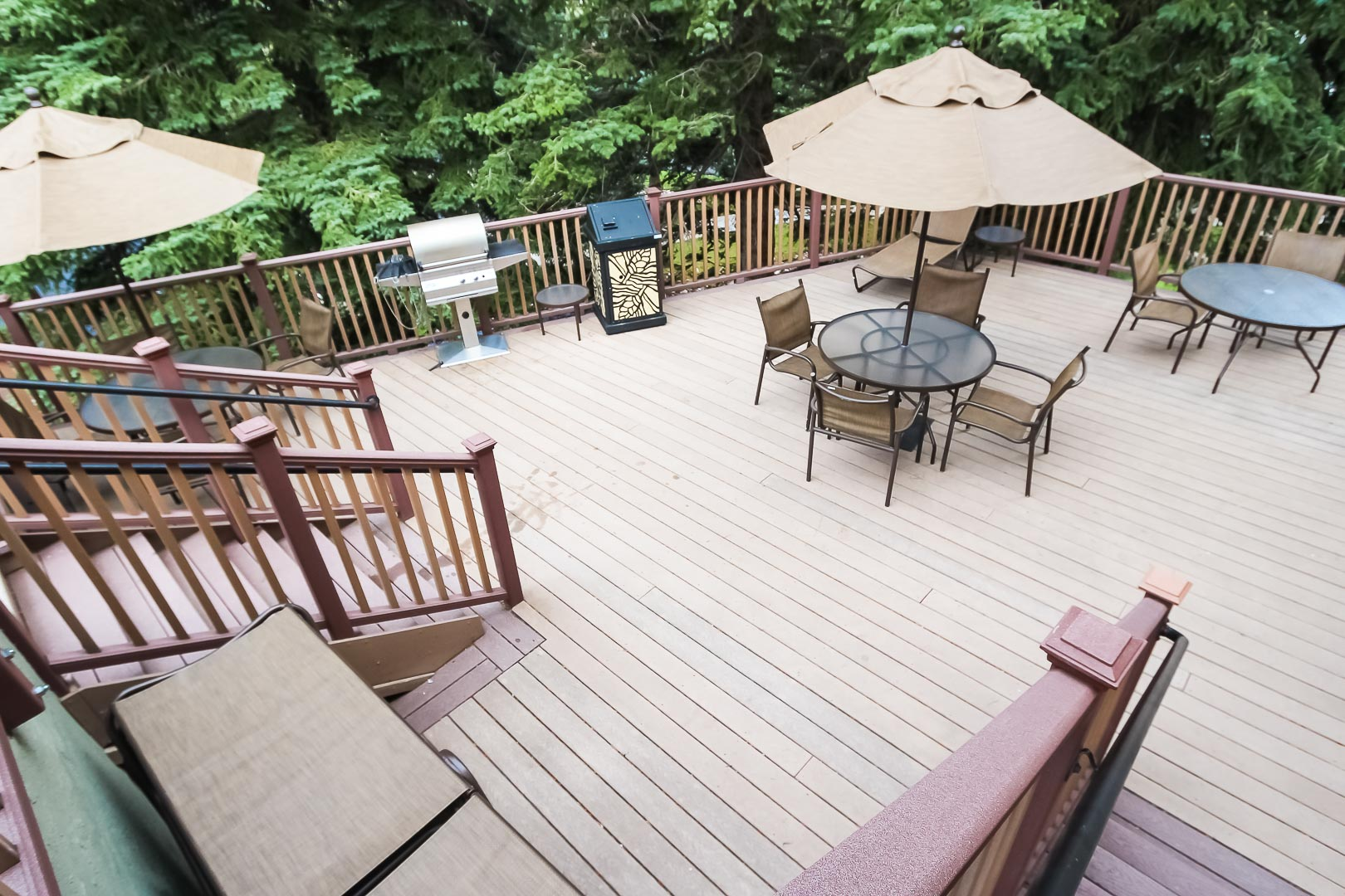 An expansive patio deck at VRI's Aspen at Streamside in Colorado.
