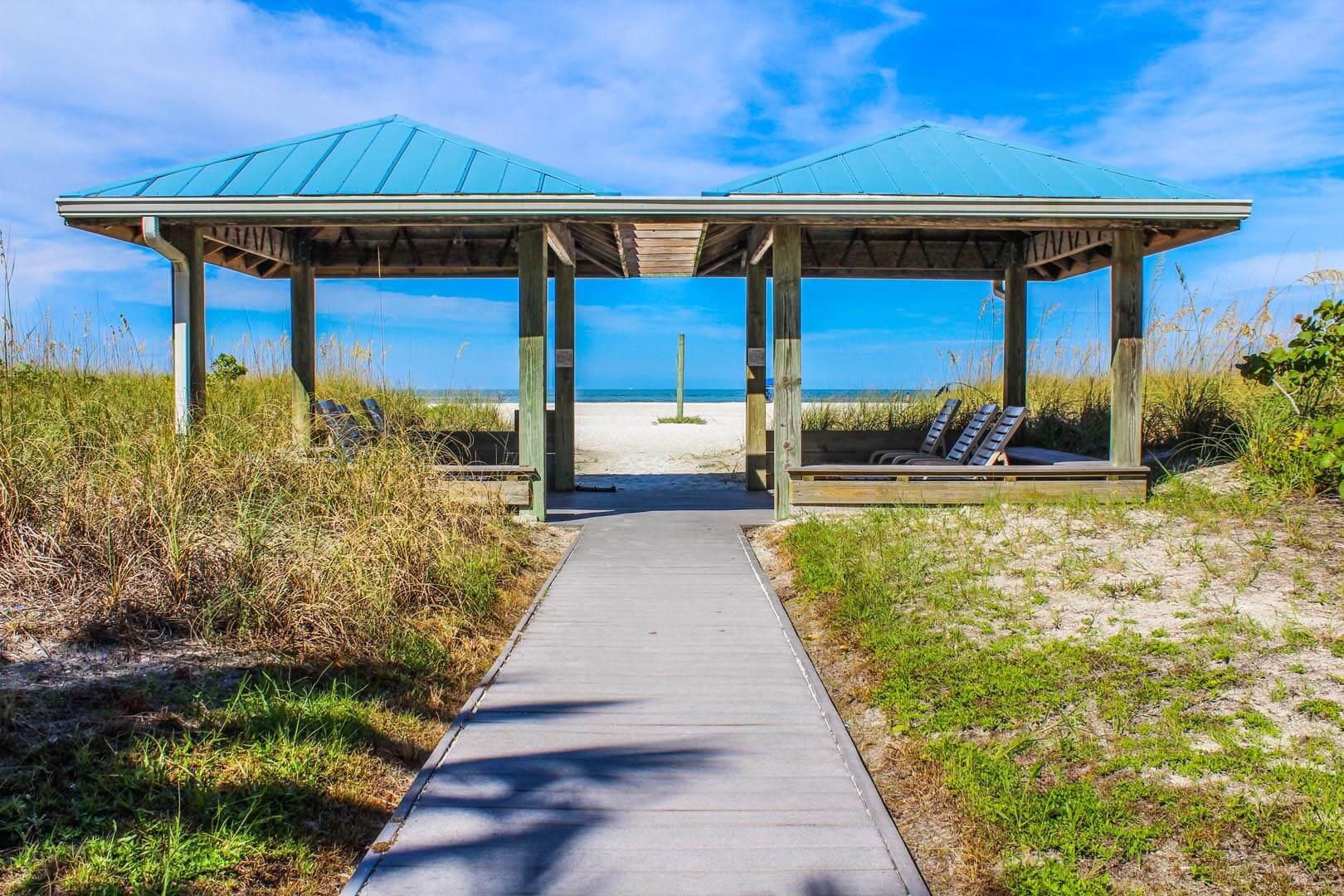 Beach Club I Beach Access