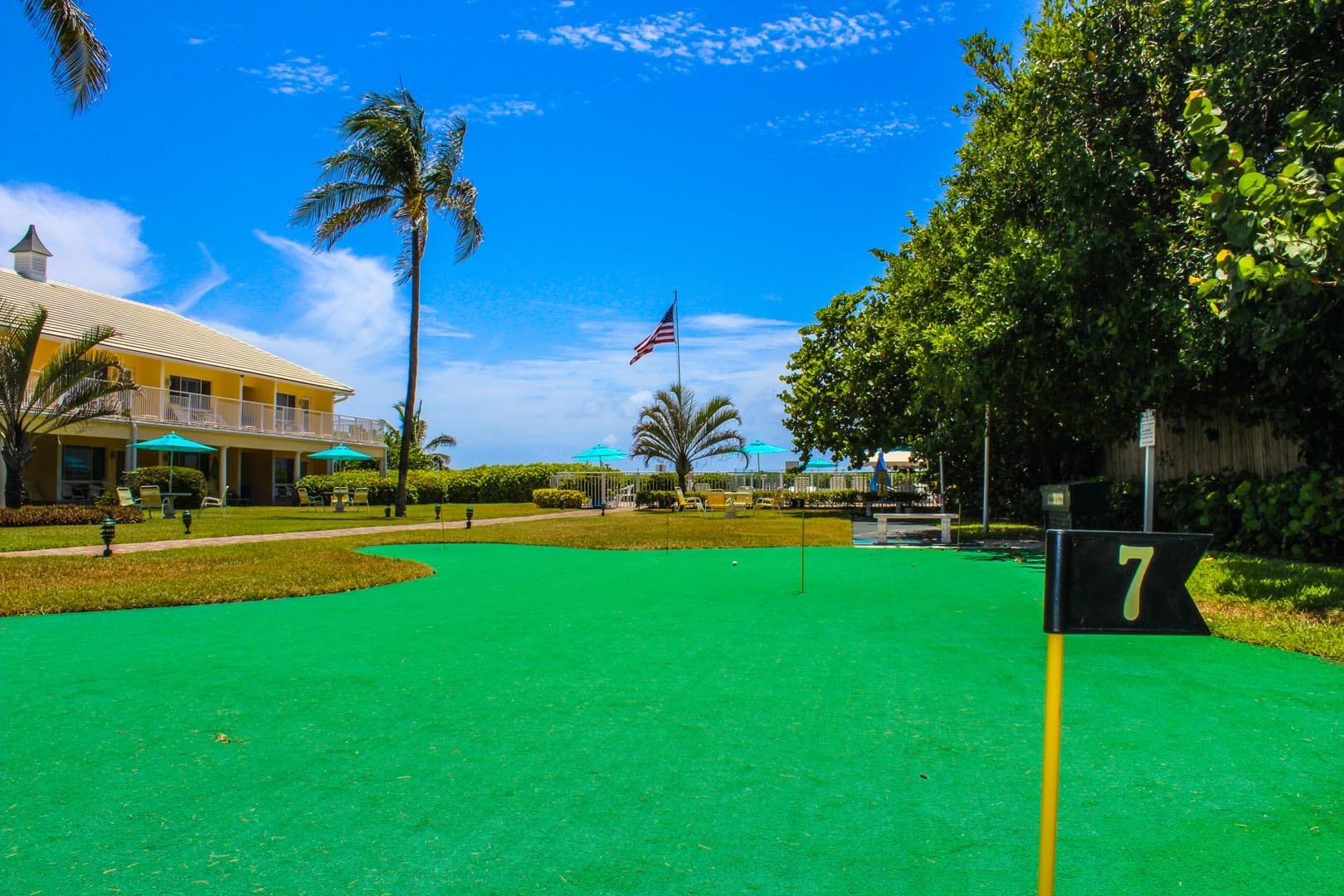 Birkshire On The Ocean Putting Green