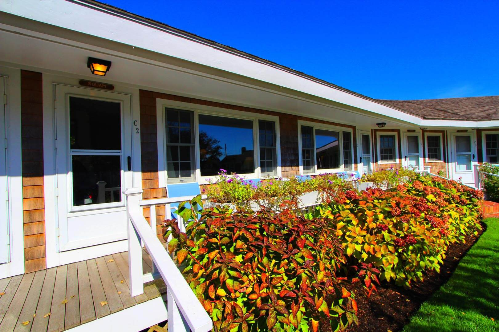 A beautiful view of the units at VRI's Brant Point Courtyard in Massachusetts.