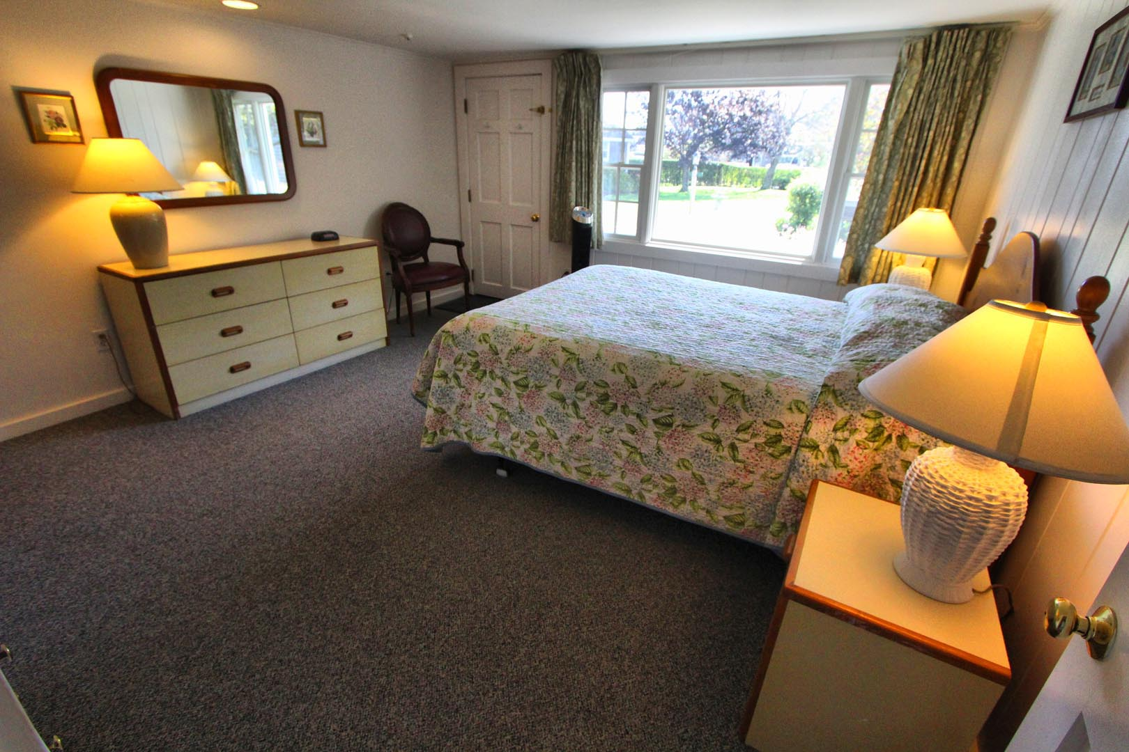 Brant Point Courtyard Bedroom
