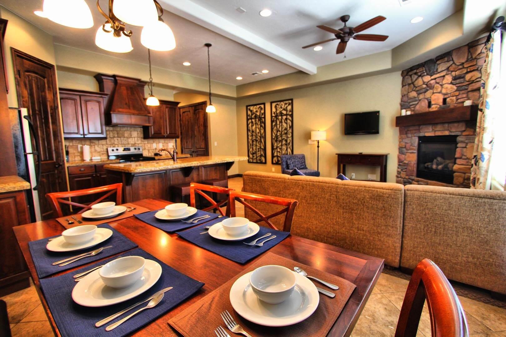 Canyon Villas Dining Room