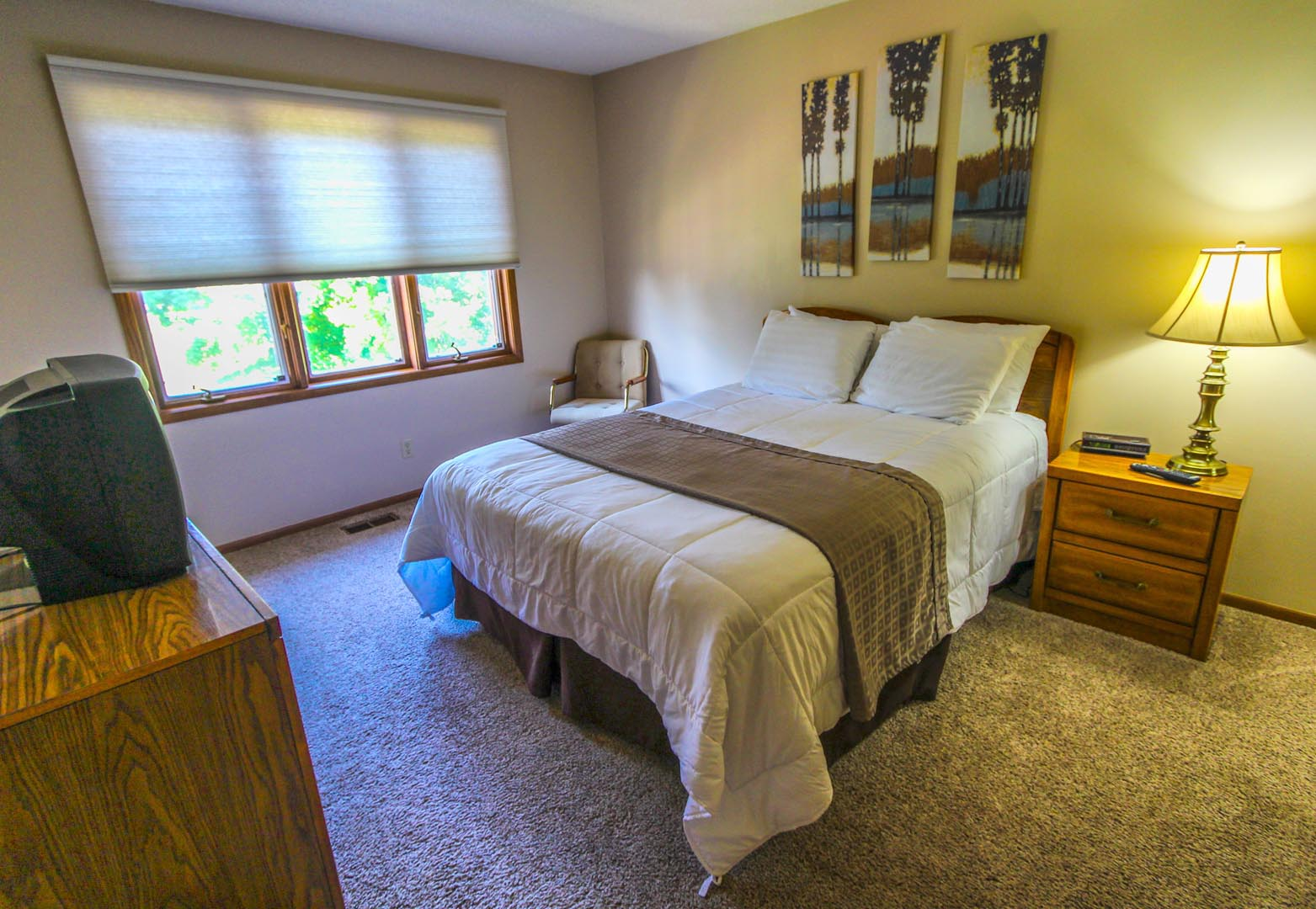 Clover Ridge Resort Bed