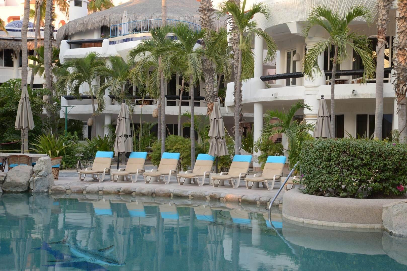 Club Cascadas Pool
