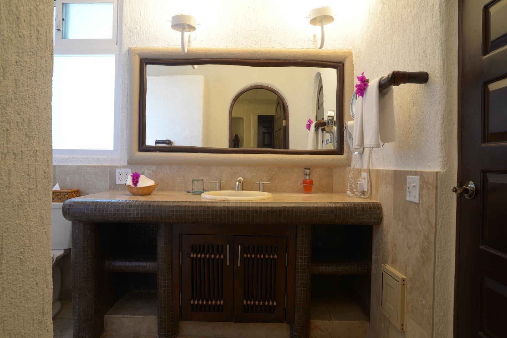 Club Cascadas Bathroom