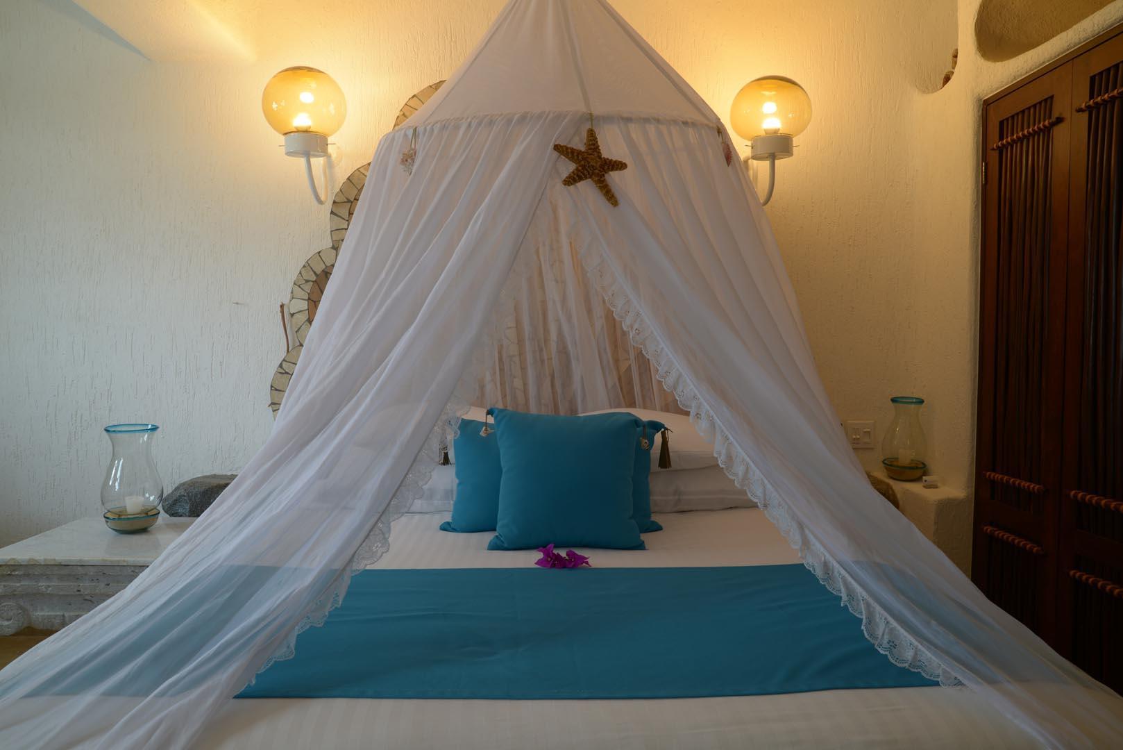 Club Cascadas Bedroom