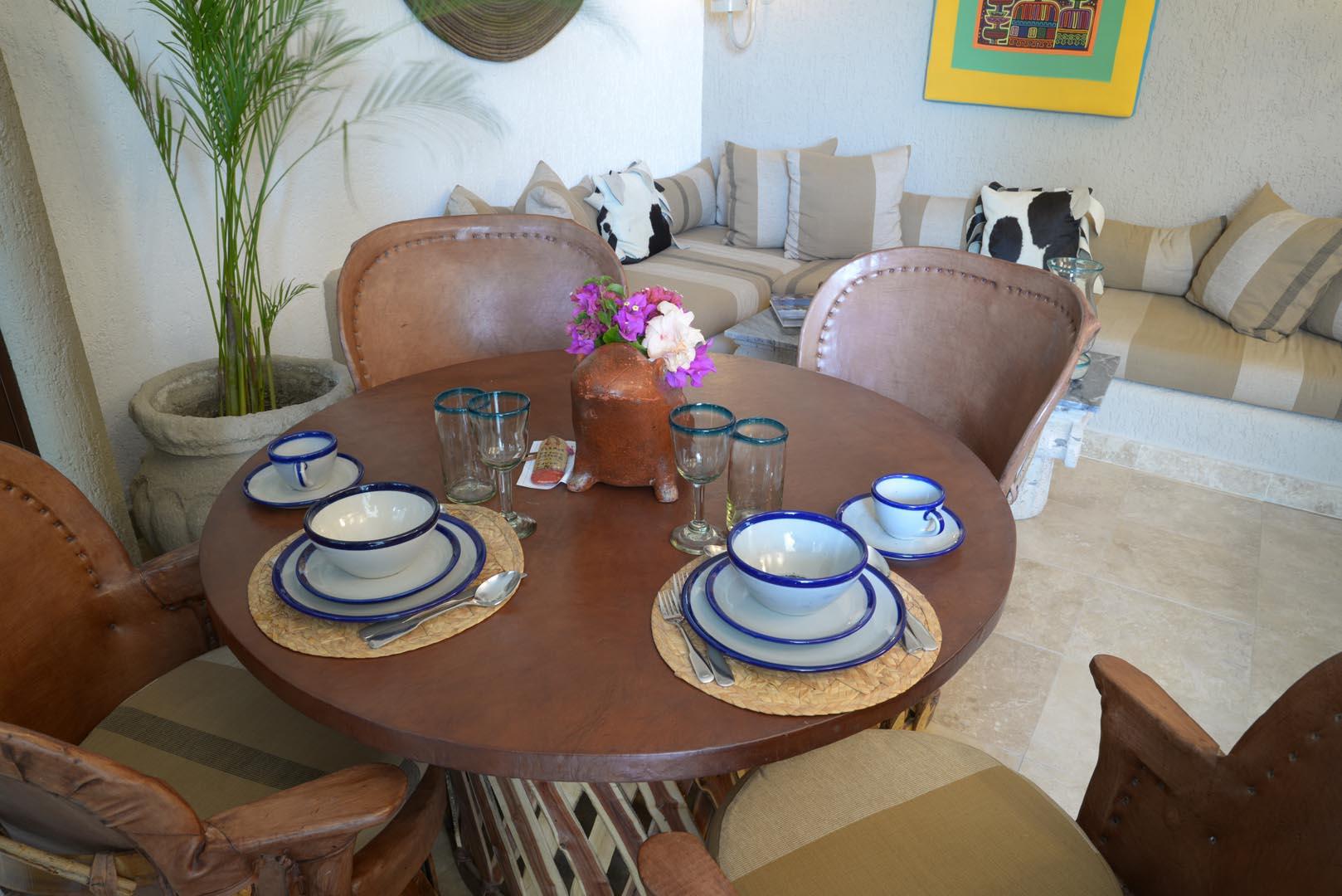Club Cascadas Dining Room