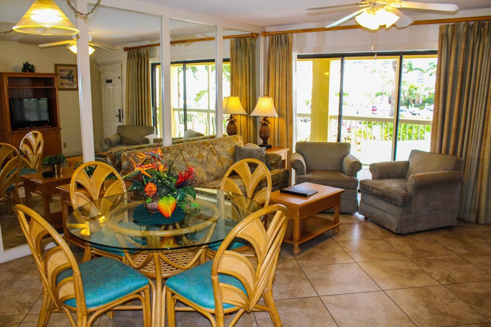 Coral Reef Beach Resort Dining Room