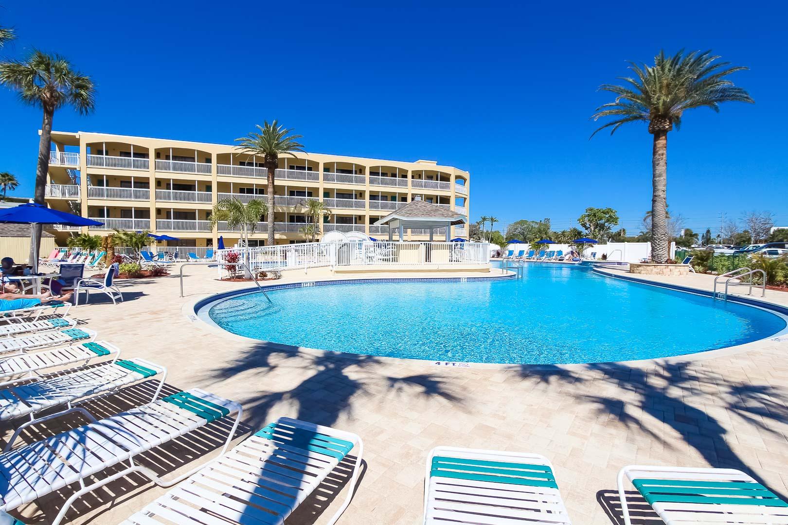 Coral-Reef-Beach-Resort-13