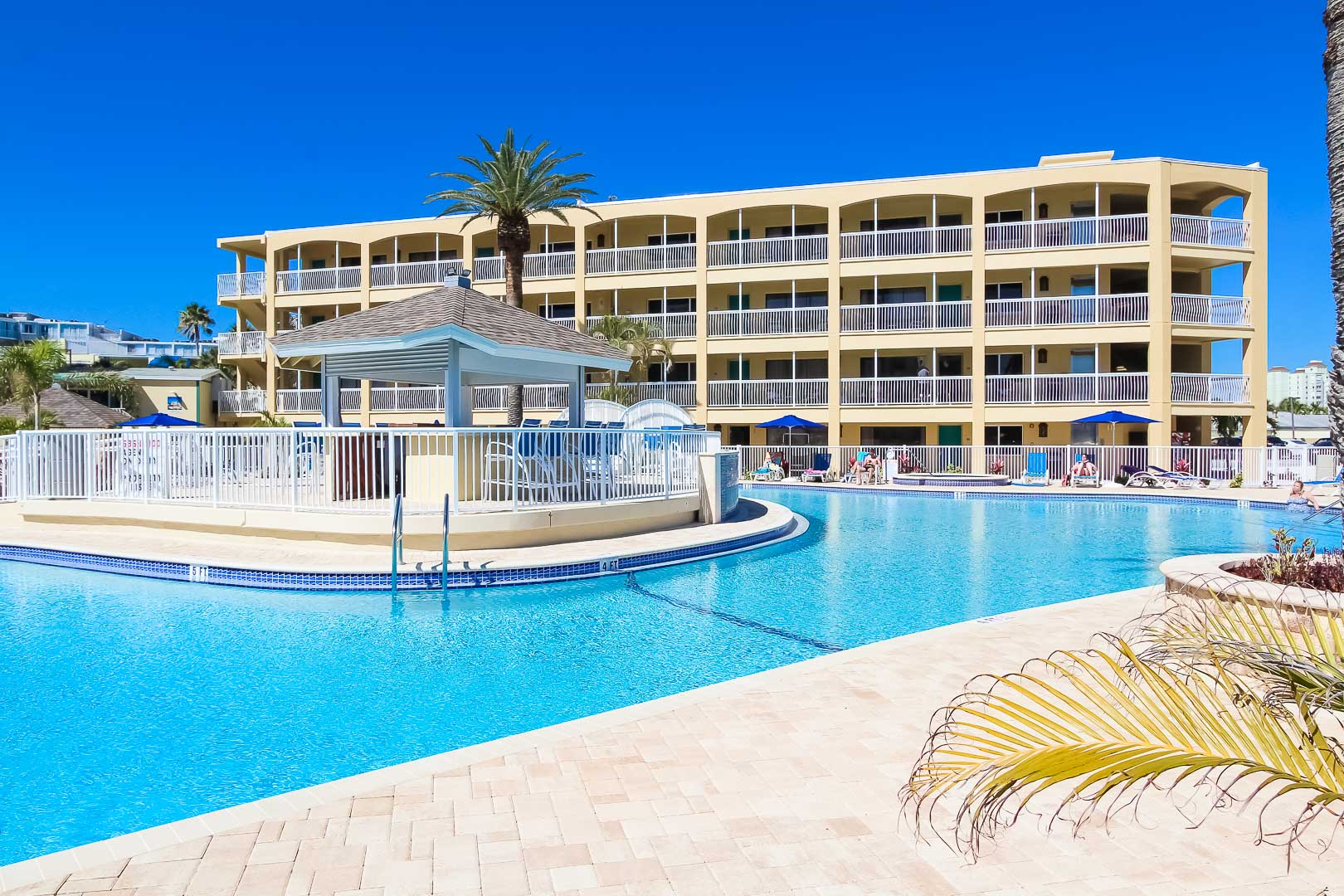Coral-Reef-Beach-Resort-19
