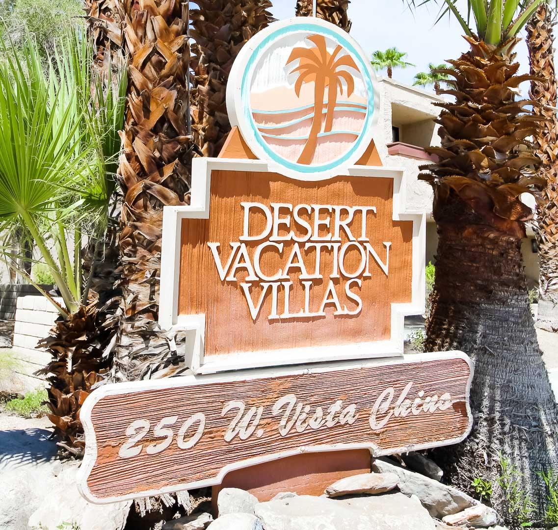 Desert-Vacation-Villas-01