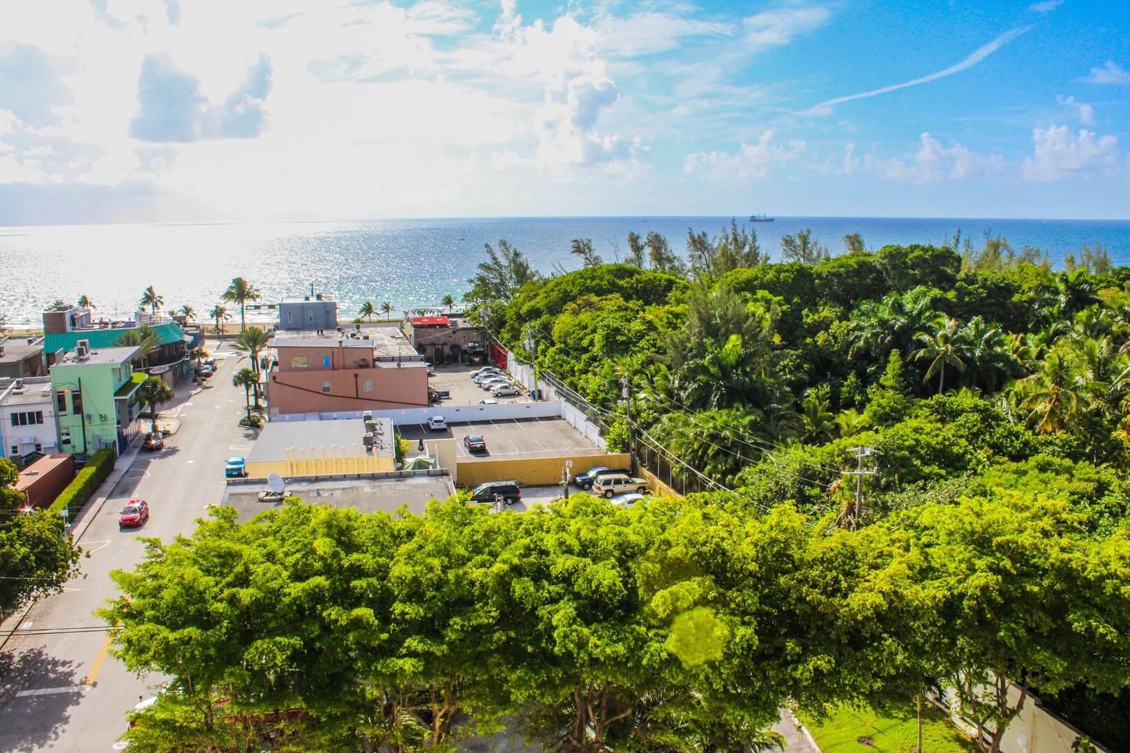 Ft Lauderdale Beach Resort Club Common Area