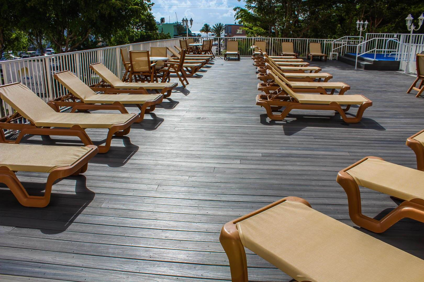 Ft Lauderdale Beach Resort Club Pool Deck