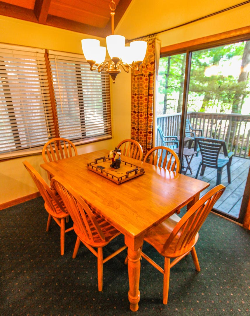 Golf Club Villas Dining Room
