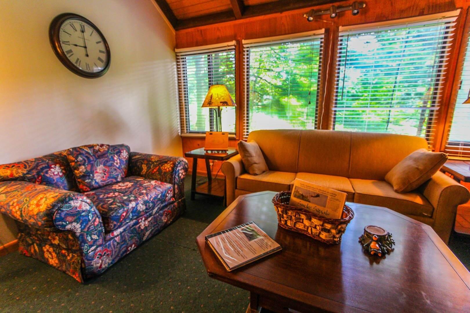 A vibrant living room at VRI's Golf Club Villas in Marble Hill, Georgia.