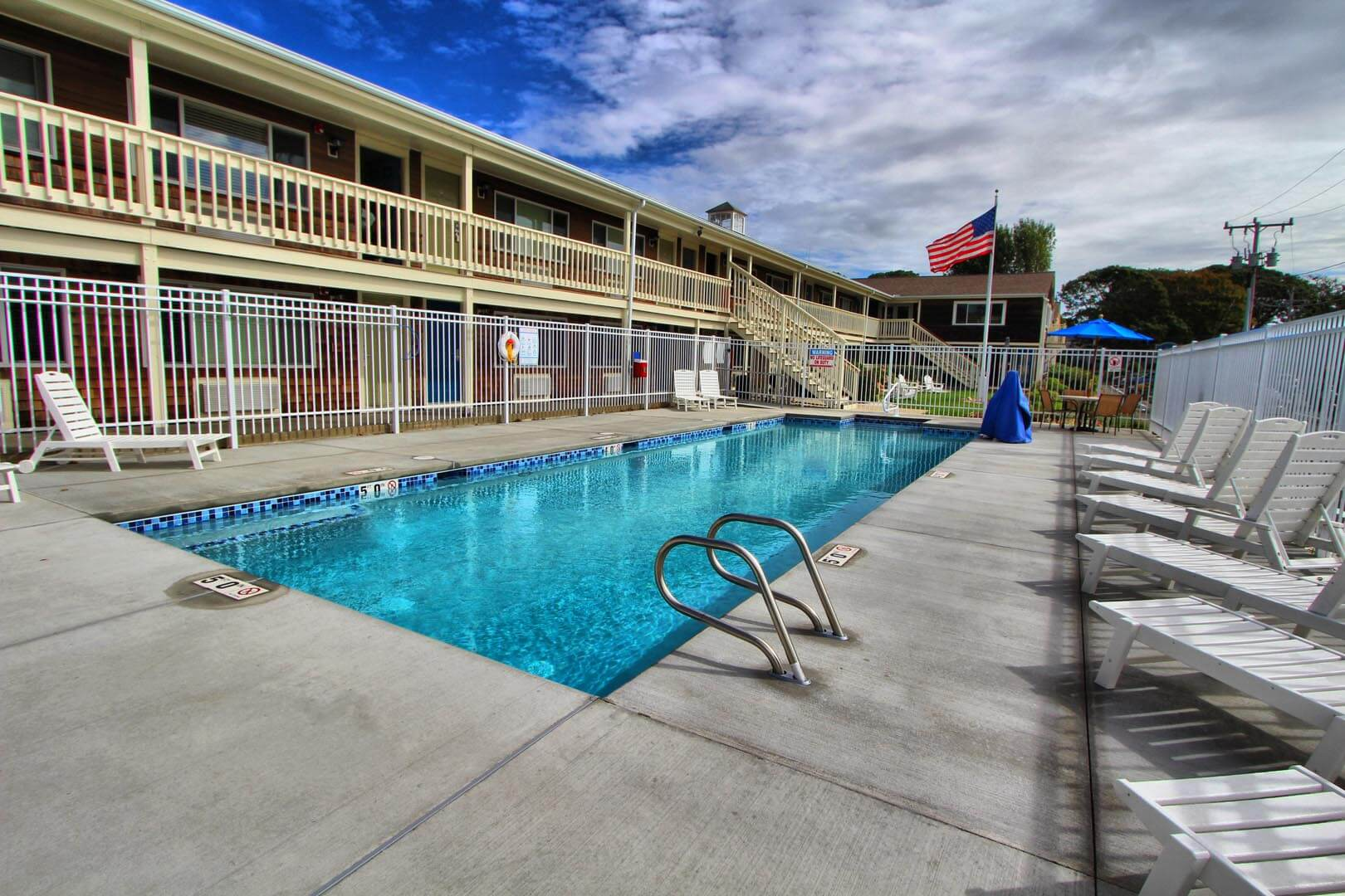 Harborwalk Pool