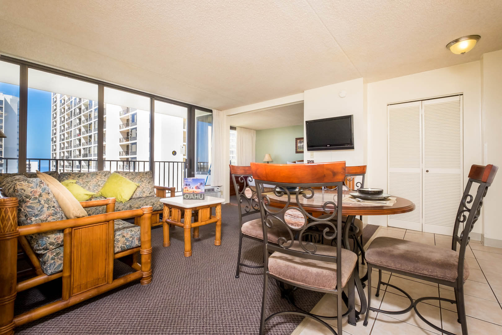 A full equipped one bedroom at VRI's Hawaiian Sun Holidays in Honolulu, Hawaii.