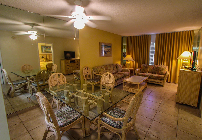 La Boca Casa Dining Room