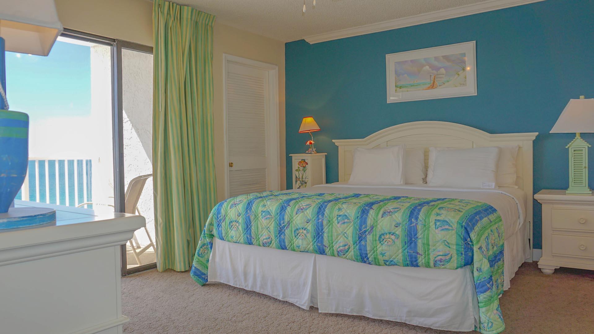 Landmark Holiday Beach Resort Bedroom