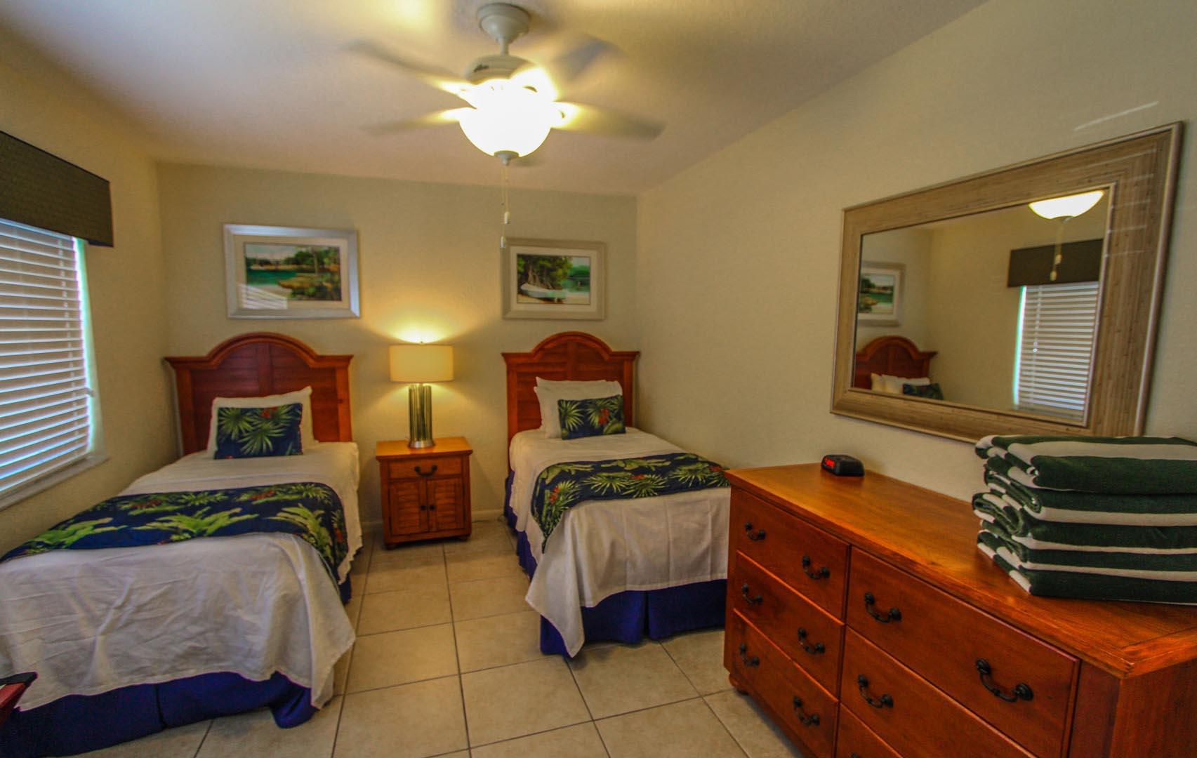 Mariner Beach Club Bedroom