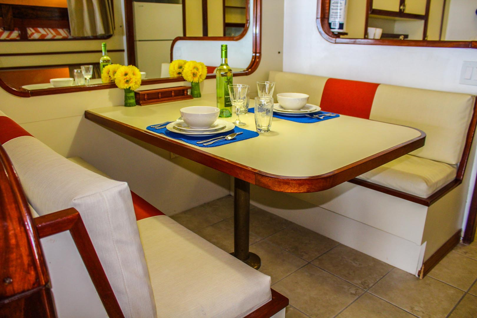 Mariner Boat House Dining Room