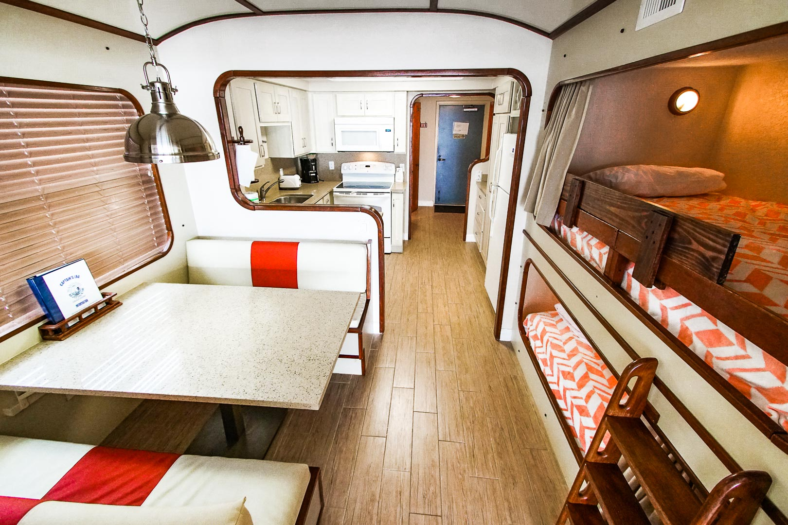 Mariner's Boathouse - Unit Interior