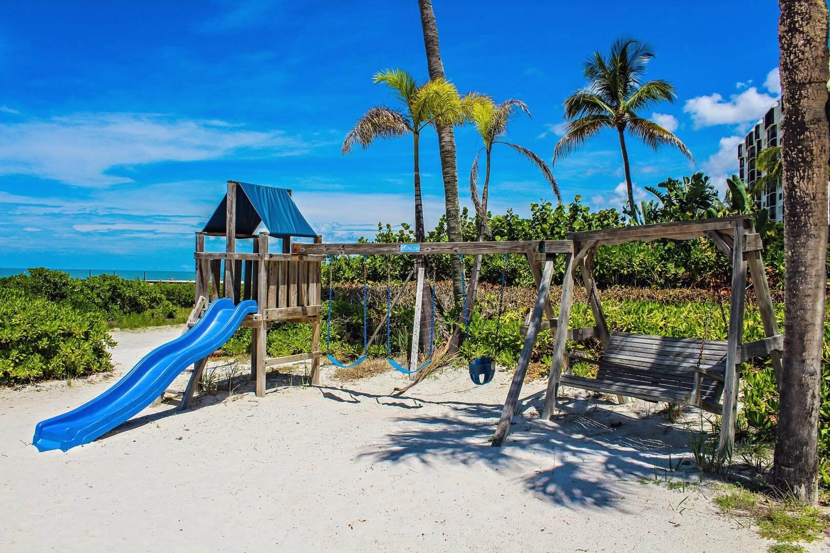 Mariner's Boathouse - Playground