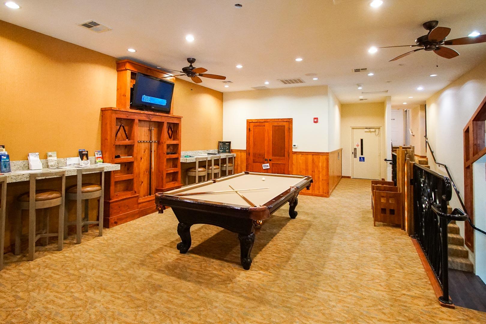 A modernized lobby entrance at VRI's Mountain Retreat Resort in California.