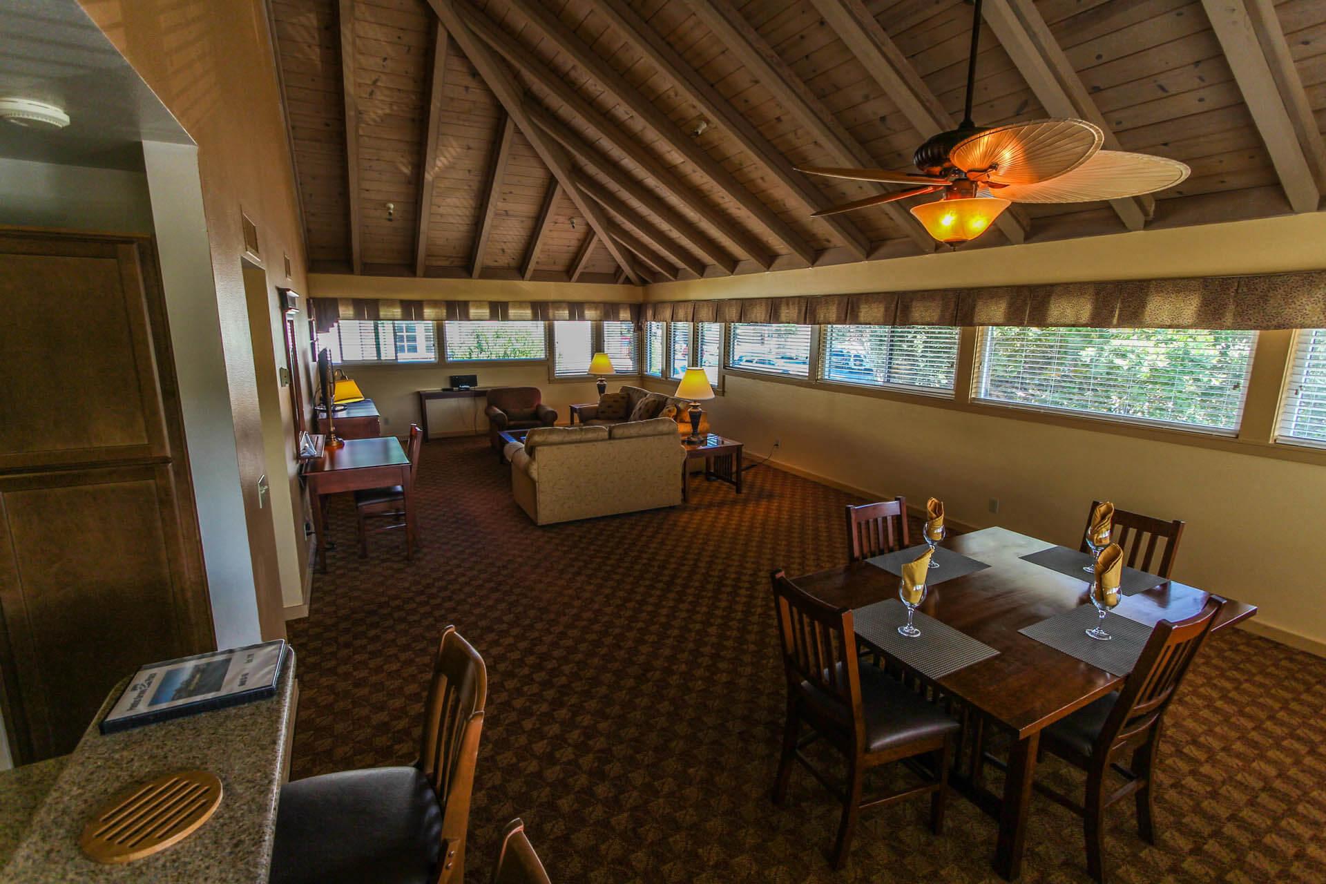 Pacific Grove Plaza Living Room