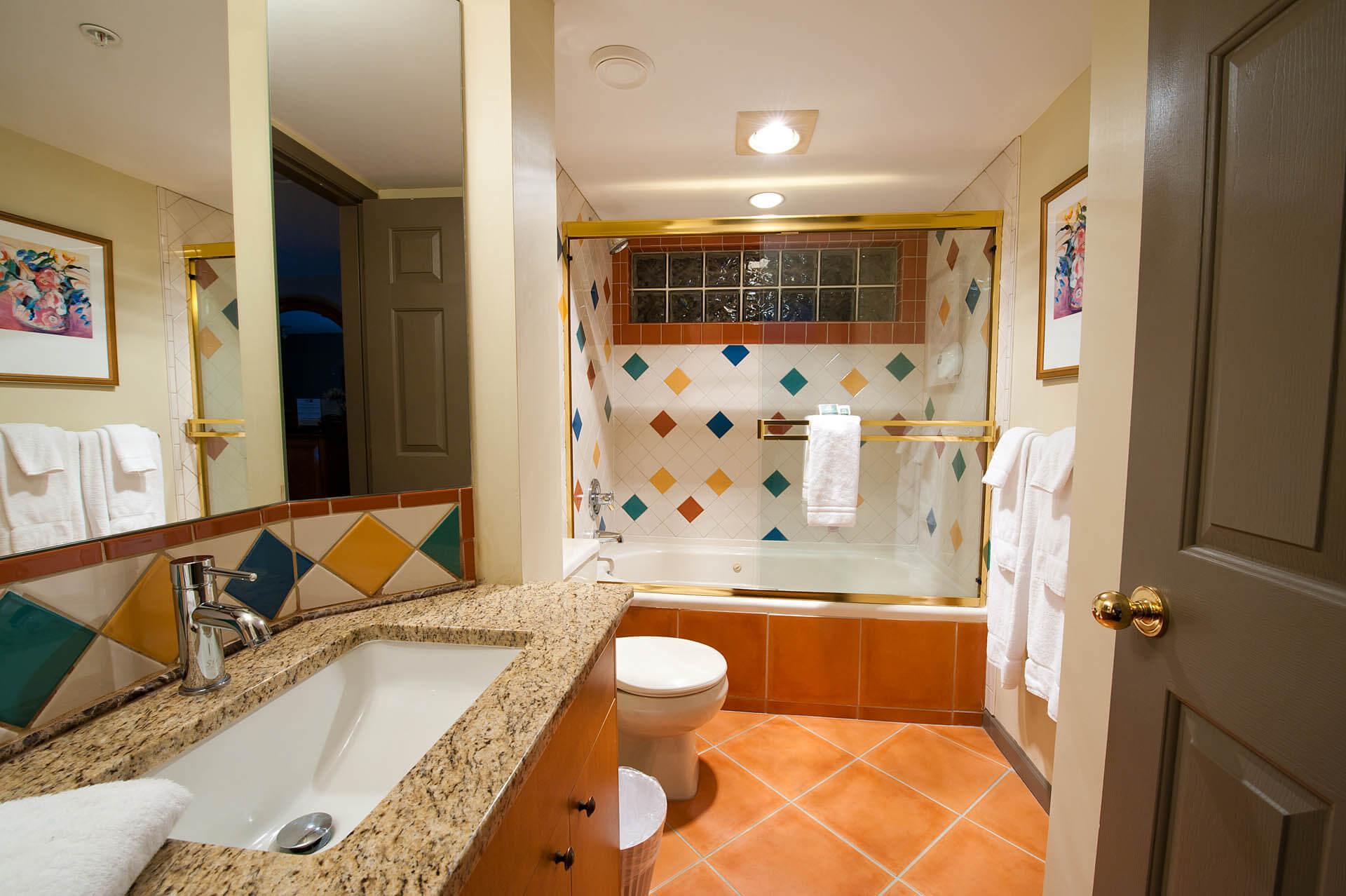 Pacific Shores Resort Spa Bathroom