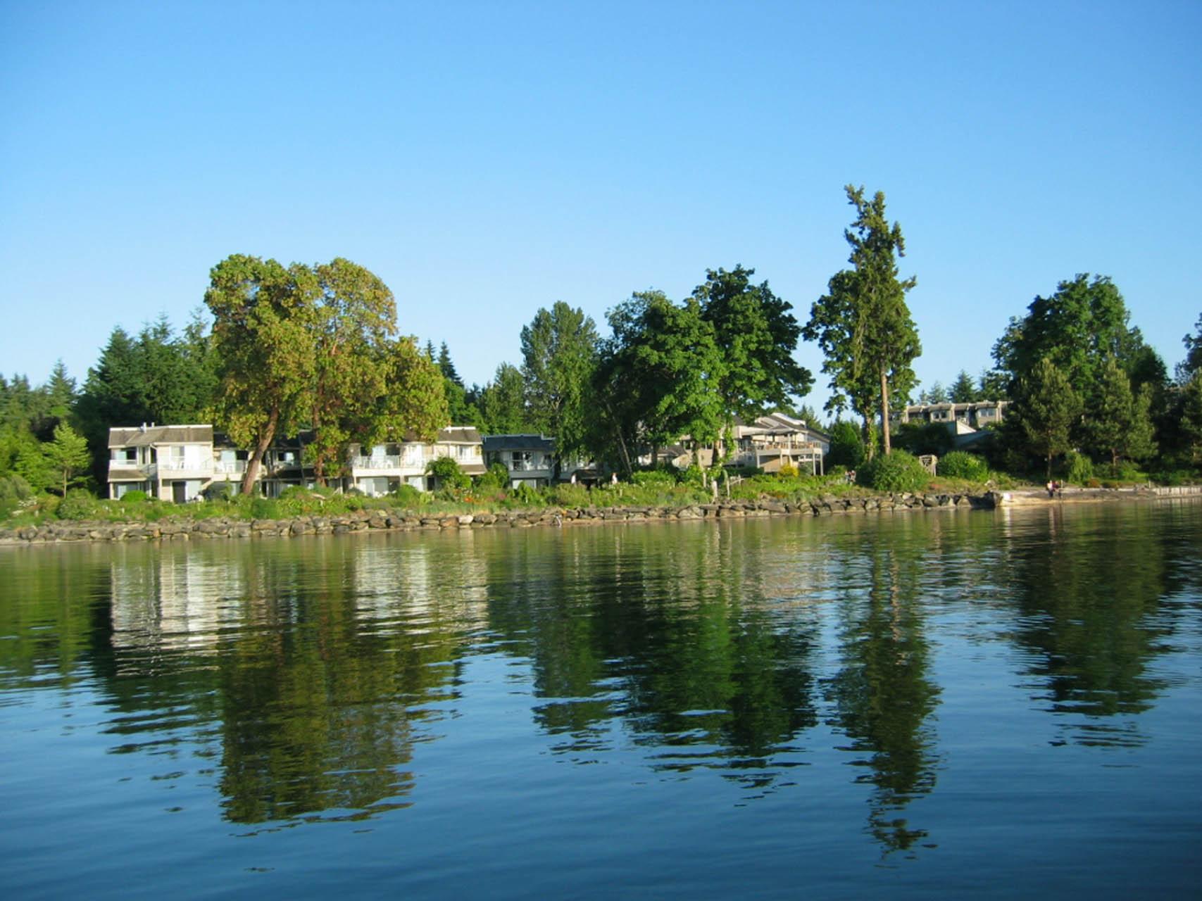 Pacific Shores Resort Spa Common Area