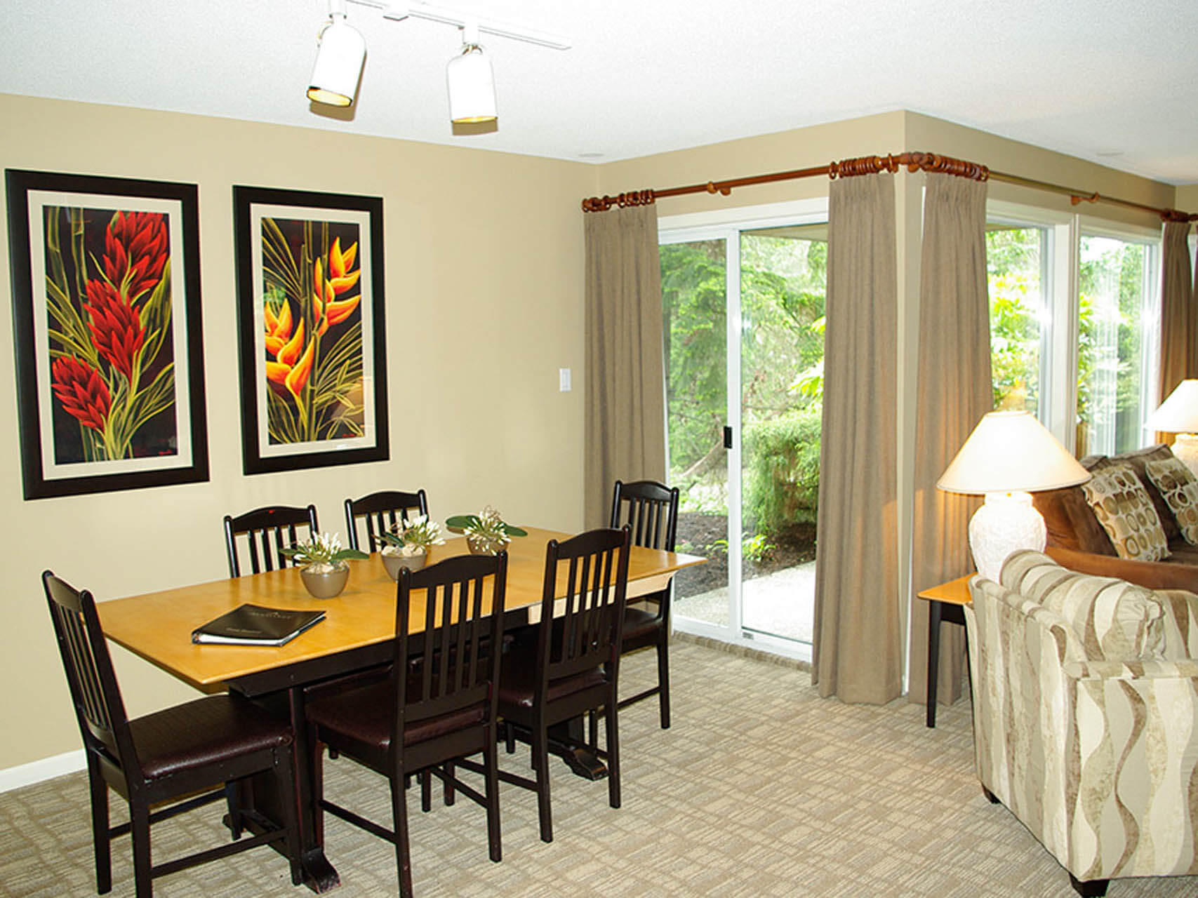 Pacific Shores Resort Spa Dining Room