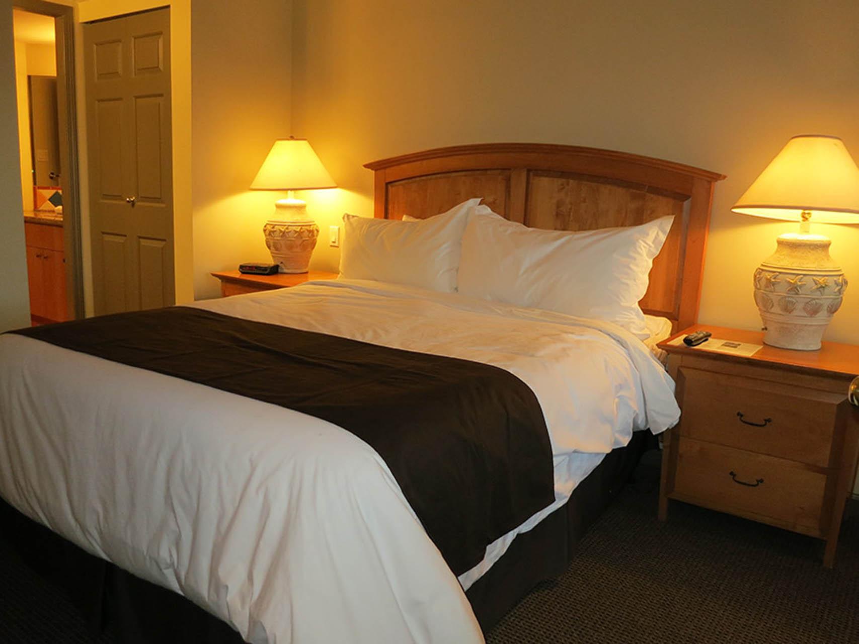 Pacific Shores Resort Spa Bedroom