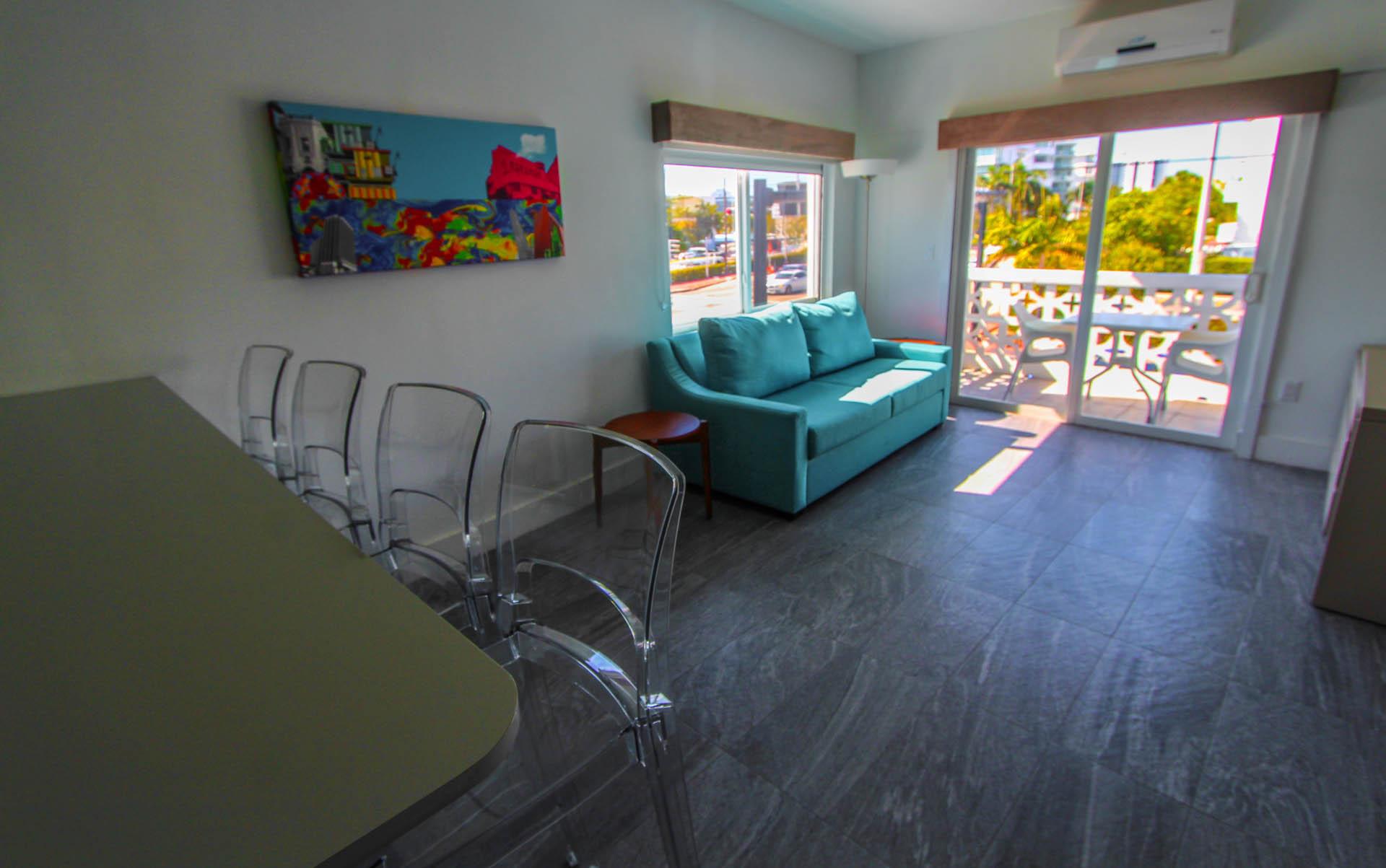 Park Royal Miami Livign Room