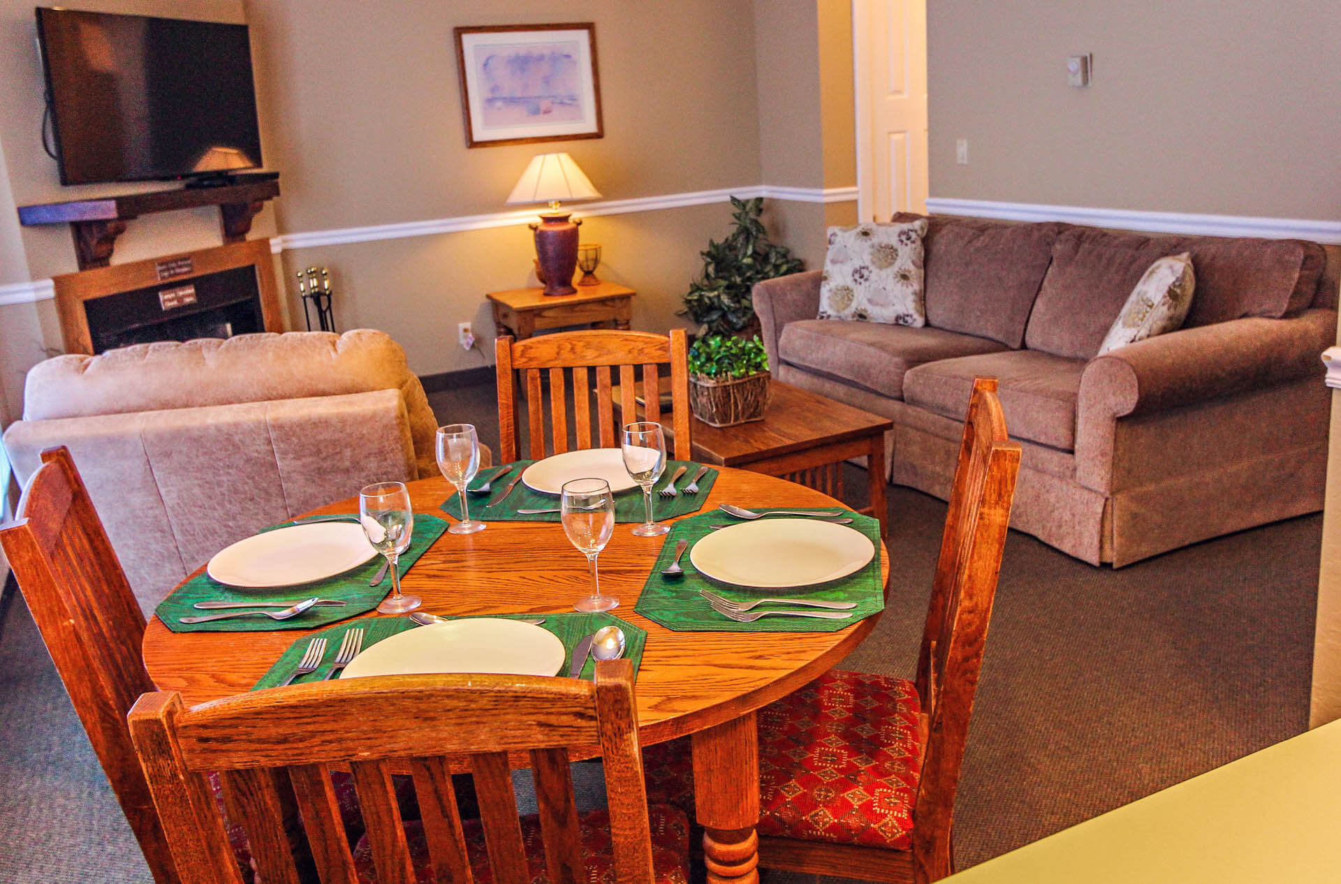 Powder Ridge Villiage Dining Room