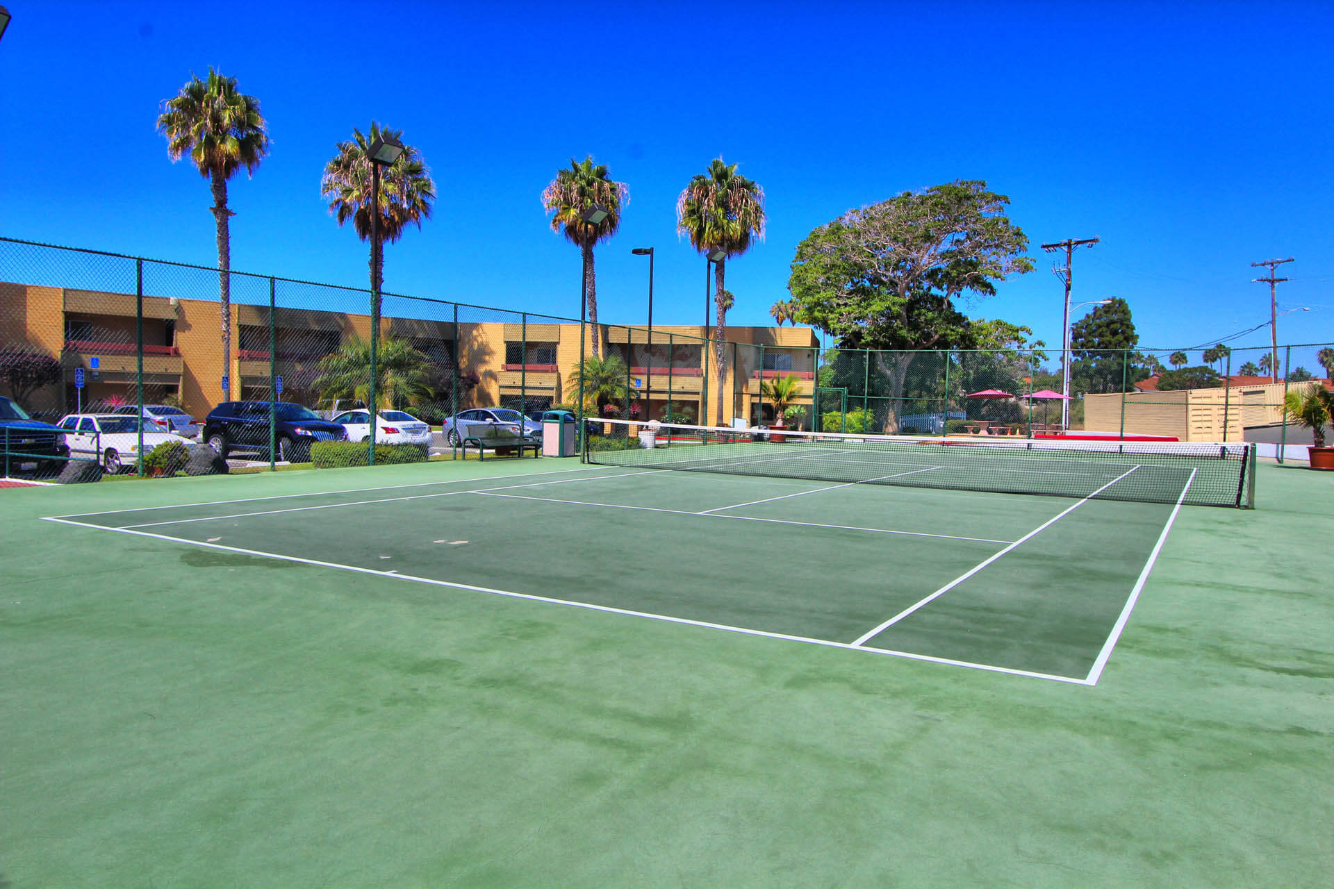 San Clemente Inn Tennis Court