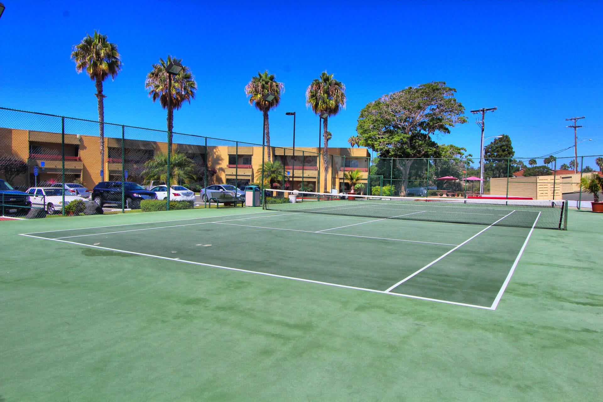 San Clemente Inn Tennis Court