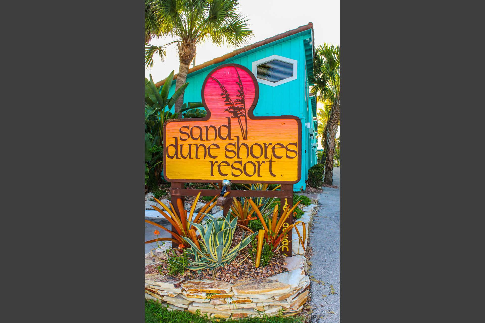 Sand Dune Shores Signage