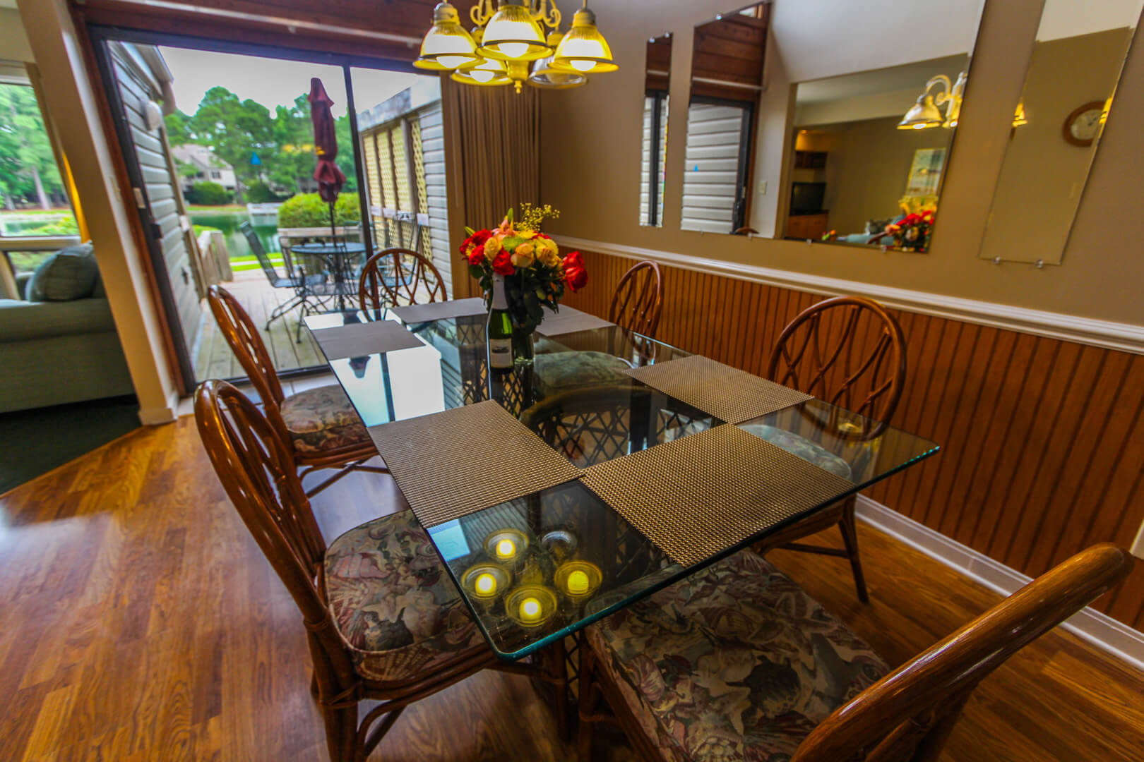 Sandcastle Cove Dining Room