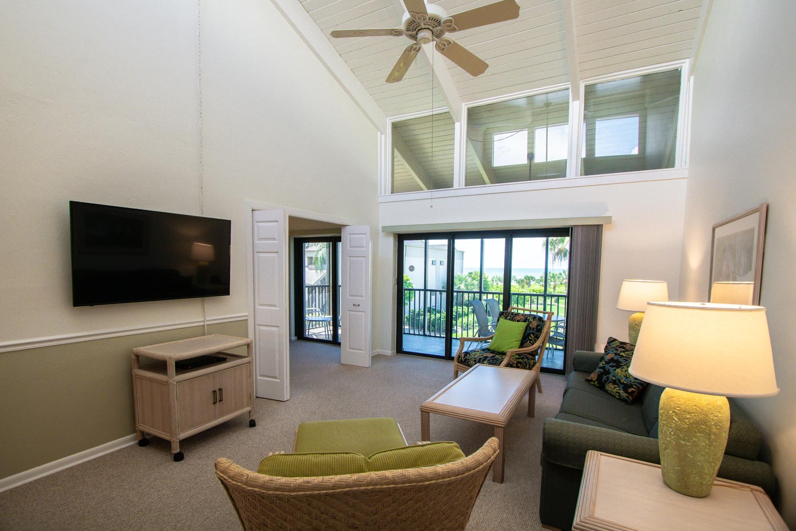 Sanibel Beach Club Common Area