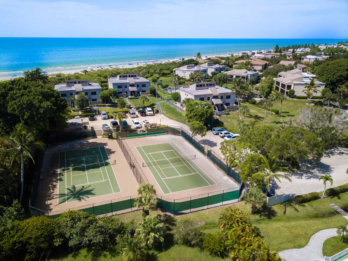 Sanibel Beach Club Pool