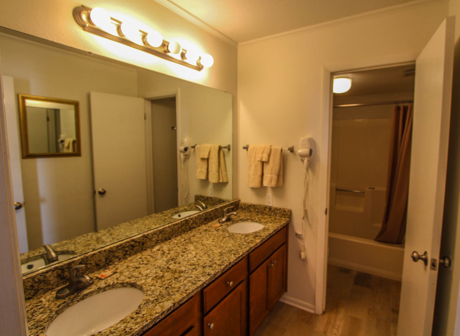 Shoreline Towers Bathroom