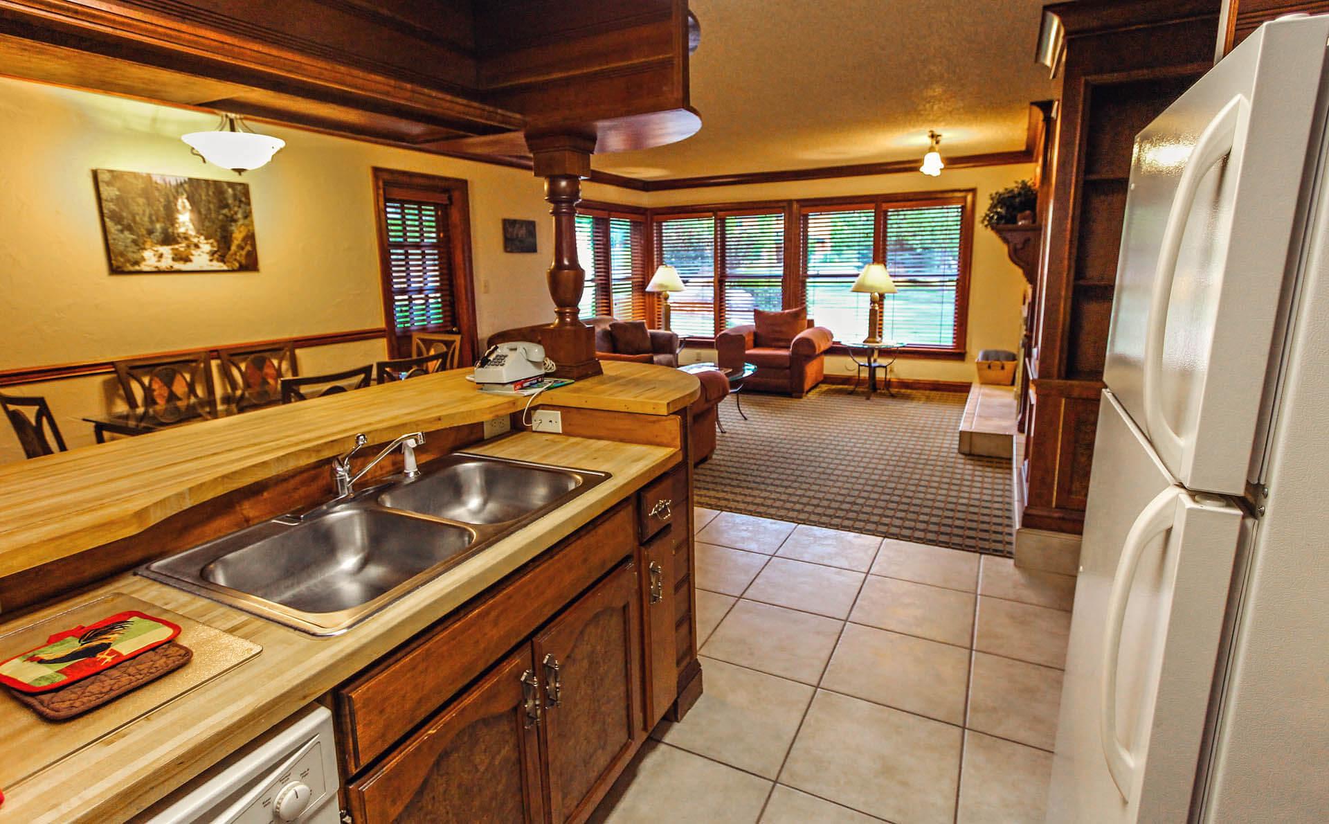 Sunburst Resort Kitchen