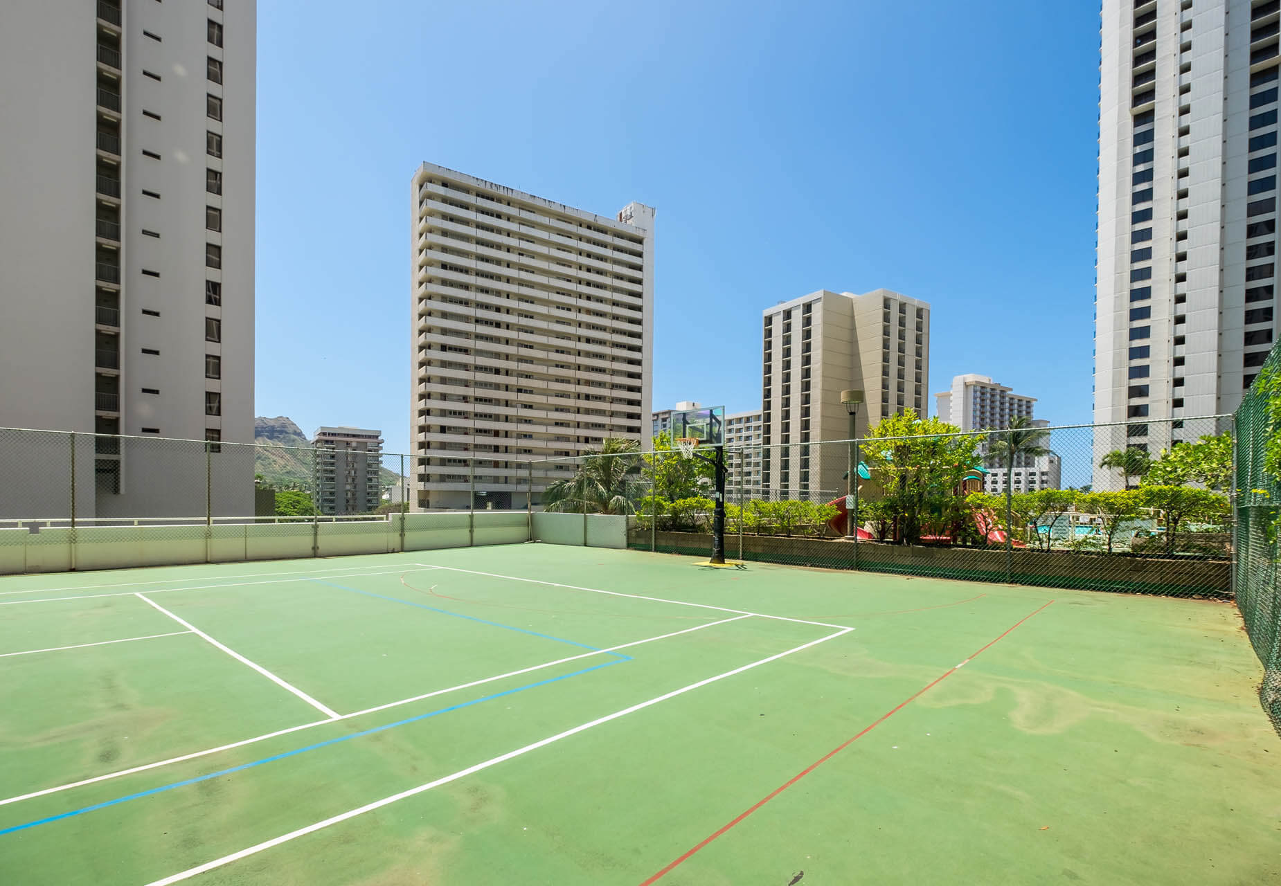 Sweetwater Waikiki Tennis Court