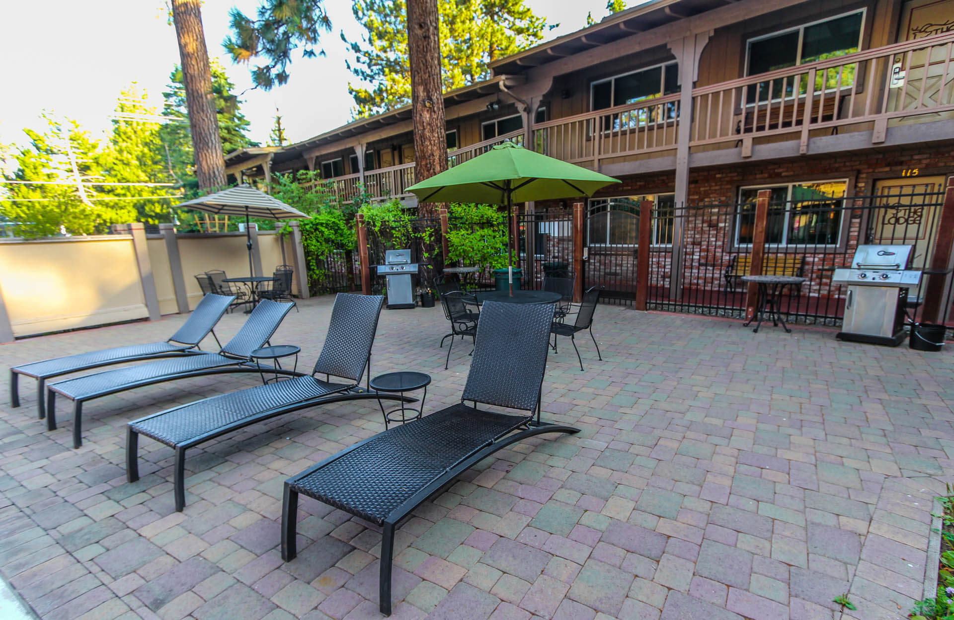 The Lodge At Lake Tahoe Pool