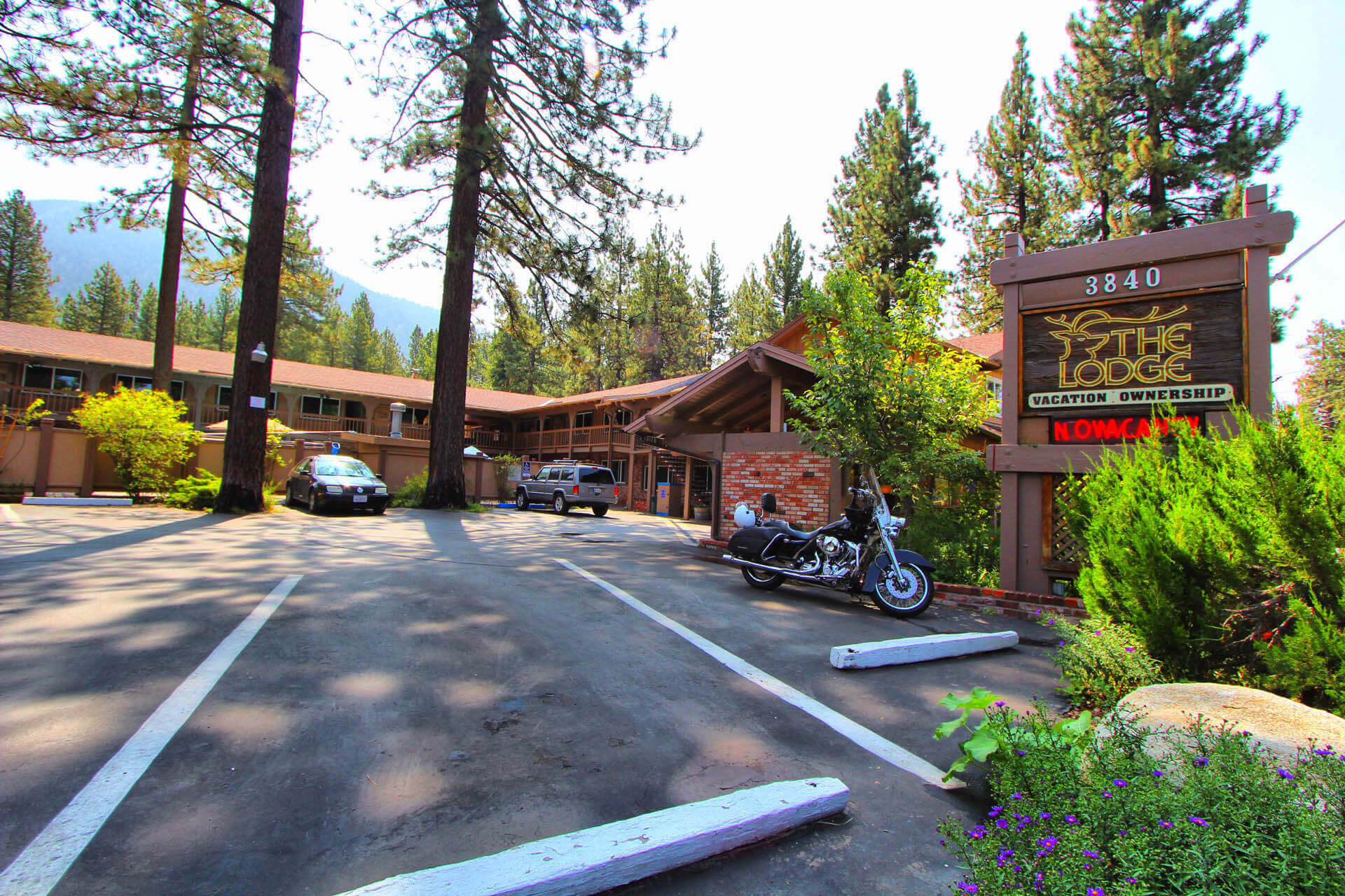 The Lodge At Lake Tahoe Common Area