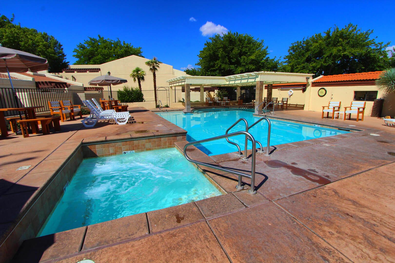 Villas At Southgate Pool