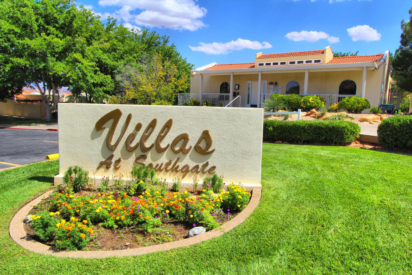 Villas At Southgate Signage