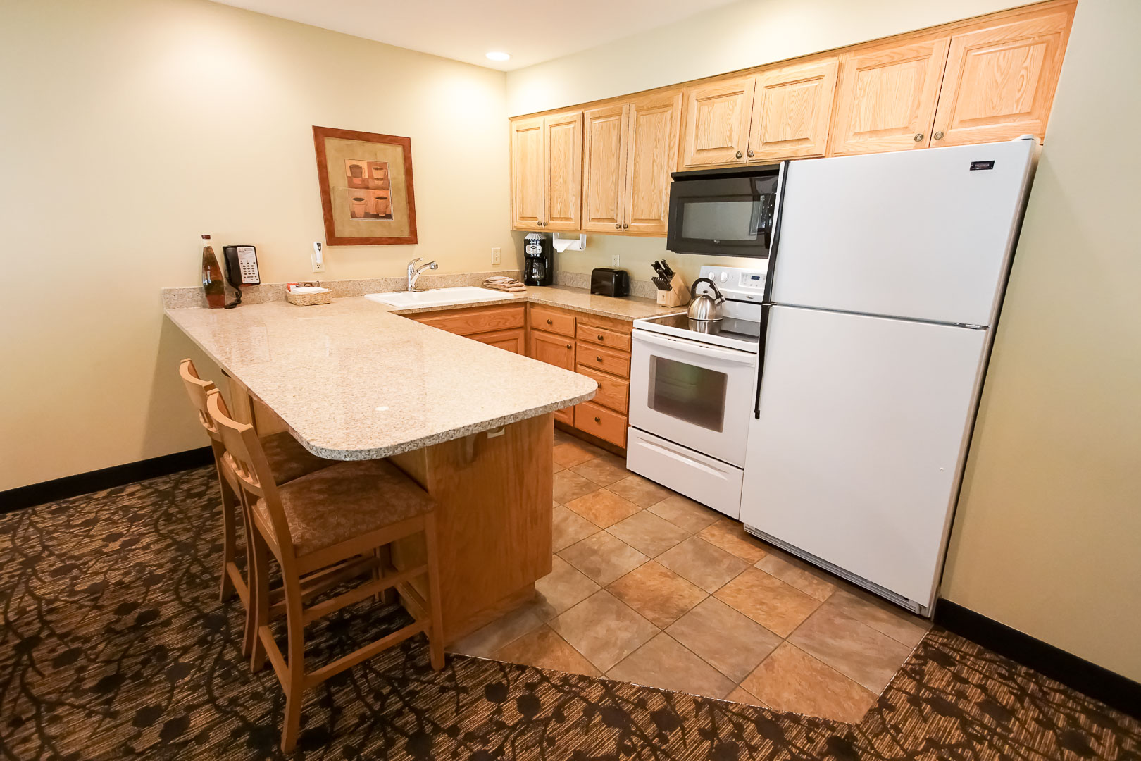 A charming kitchen at VRI's Whispering Woods Resort in Oregon.
