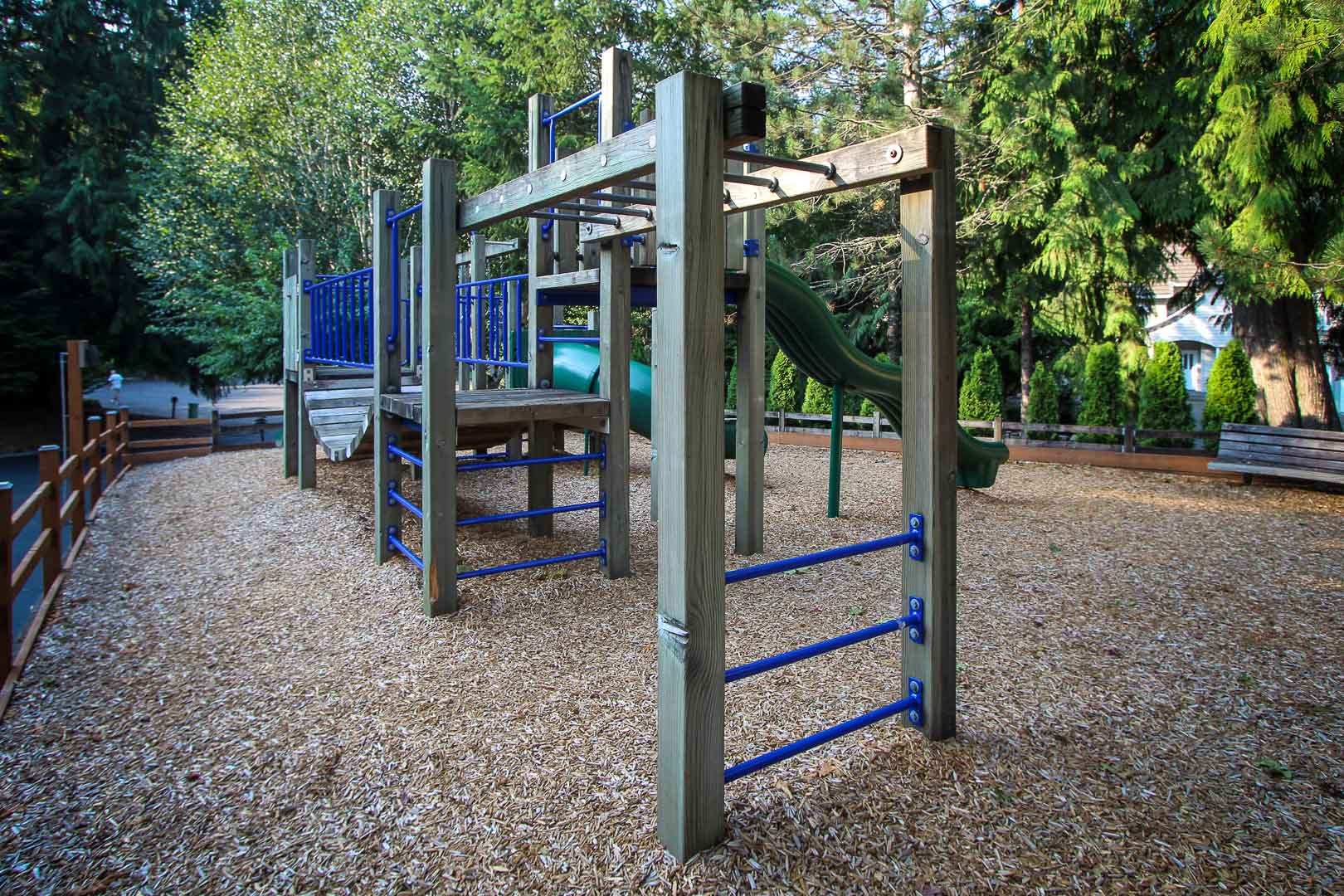 A spacious outside playground at VRI's Whispering Woods Resort in Oregon.